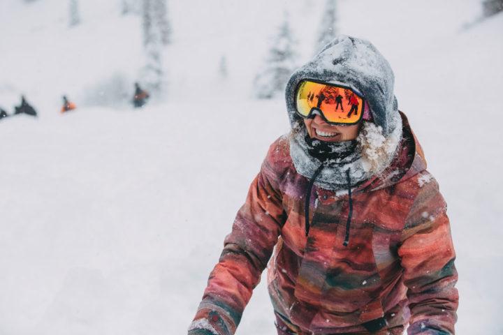 Womens-Snowboard-Jackets-Burton